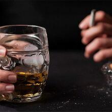 Почему нельзя мешать сигареты иалкоголь