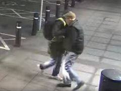 Оказавшись лицом к лицу с грабителем, пенсионер не дал себя в обиду