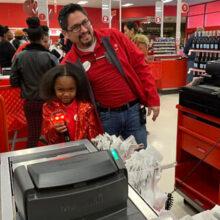 Маленькая именинница пожелала отметить день рождения в любимом магазине