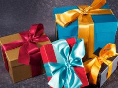 На 8 марта, 23 февраля и Новый год: подарки на все случаи жизни