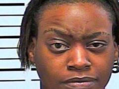 Не получив свой любимый фастфуд, женщина начала стрельбу из пистолета